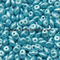 10GR SUPERDUO 2.5X5MM EN VERRE COLORIS PASTEL AQUAMARINE 02010/25019