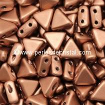 10GR KHEOPS® PAR PUCA® 6MM PERLES EN VERRE TRIANGLE COLORIS COPPER GOLD MAT - DORE