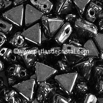 10GR KHEOPS® BY PUCA BEADS 6MM - TRIANGLE GLASS COLOURS JET HEMATITE 23980/14400 BLACK SILVER