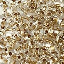 10GR SUPERDUO 2.5X5MM EN VERRE COLORIS CRYSTAL BRONZE LINED 00030/68106