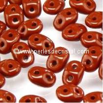 10GR SUPERDUO 2.5X5MM EN VERRE COLORIS OPAQUE CHOCOLATE 13600