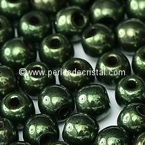 50 SMOOTH ROUND BEADS 4MM METALLIC GREEN 23980/14495