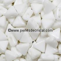 10GR KHEOPS® BY PUCA BEADS 6MM - TRIANGLE GLASS COLOURS OPAQUE WHITE 03000