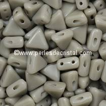 10GR KHEOPS® PAR PUCA 6MM PERLES EN VERRE TRIANGLE COLORIS OPAQUE GREY 43020