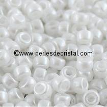 10GR MATUBO Czech Glass Seed Beads 7/0 (3.5mm) COLOURS PASTEL WHITE 02010/25001 - ALABASTER
