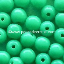 50 SMOOTH ROUND BEADS 4MM OPAQUE GREEN TURQUOISE 63130