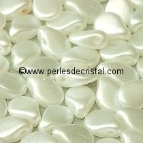 50 PIP BEADS 5X7MM GLASS COLOURS PASTEL WHITE 02010/25001
