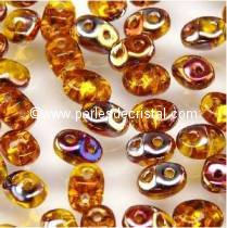 10GR SUPERDUO 2.5X5MM EN VERRE COLORIS AMBER SLIPERIT 80020/29500