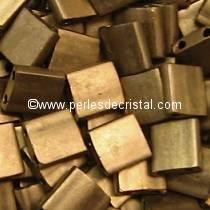 5GR PERLES TILAS MIYUKI 5X5MM METALLIC GOLD MAT TL-2006 / DORE BRONZE MAT