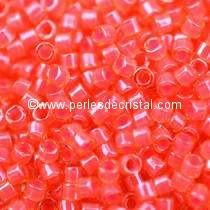 5gr PERLES ROCAILLES MIYUKI DELICA 11/0 - 2MM COLORIS LUMINOUS POPPY RED DB2051 - ROUGE FLUO