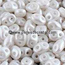 10GR MINIDUO® 2X4MM EN VERRE COLORIS PEARL SHINE WHITE 02010/24001