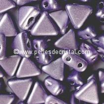 10GR KHEOPS® PAR PUCA® 6MM PERLES EN VERRE TRIANGLE COLORIS METALLIC MAT DARK PURPLE 23980/79022