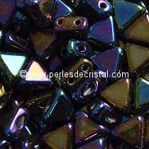 10GR KHEOPS® PAR PUCA® 6MM PERLES EN VERRE TRIANGLE COLORIS RAINBOW IRIS 23980/21405 -