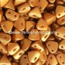 10GR BEADS Super-KhéopS® PAR PUCA® 6X6MM COLOR PASTEL AMBER 02010/25003