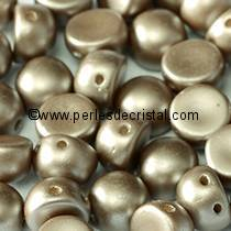20 PERLES EN VERRE 2-HOLE CABOCHON 6MM COLORIS PASTEL LIGHT BROWN COCO 02010/25005