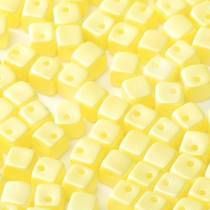 30 PERLES CRISSCROSS CUBES 4MM COLORIS YELLOW PEARL 02010/29301
