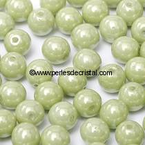 50 PERLES RONDES LISSES 4MM OPAQUE LIGHT GREEN CERAMIC LOOK 03000/14457